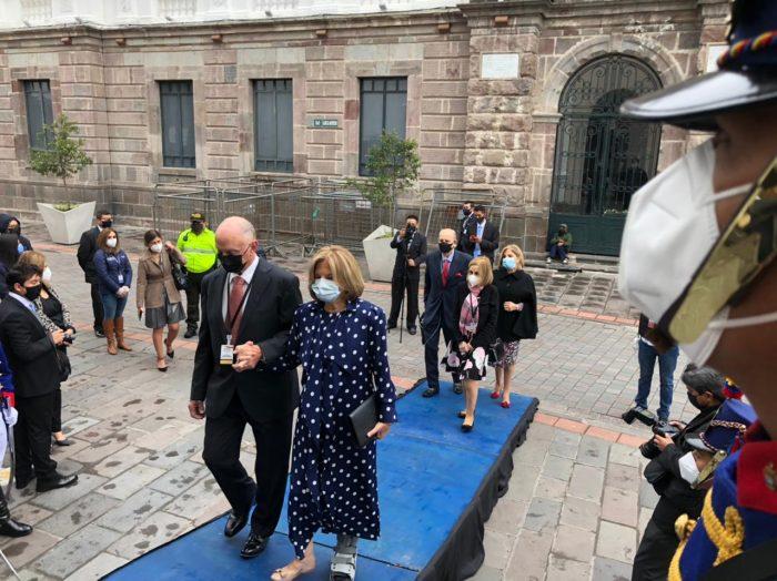Los familiares del presidente Guillermo Lasso llegan el 24 de mayo del 2021 a la misa del Tedeum en la Catedral Metropolitana de Quito. Foto: Galo Paguay/ EL COMERCIO
