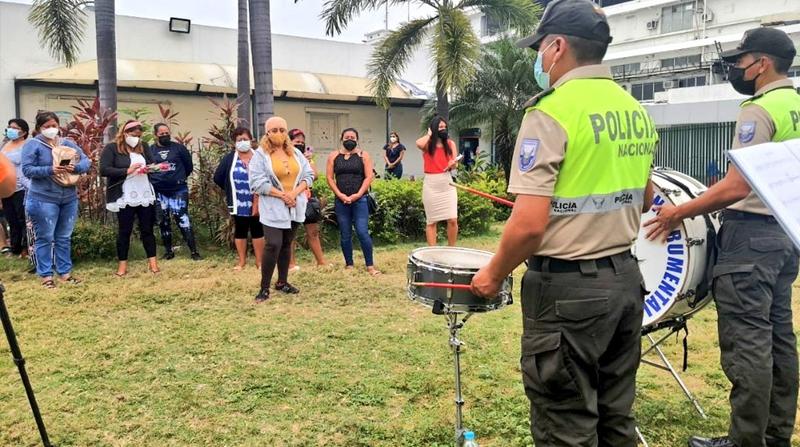 Serenata y visitas virtuales; así se vivió el Día de la Madre en el hospital Teodoro Maldonado, en Guayaquil - El Comercio