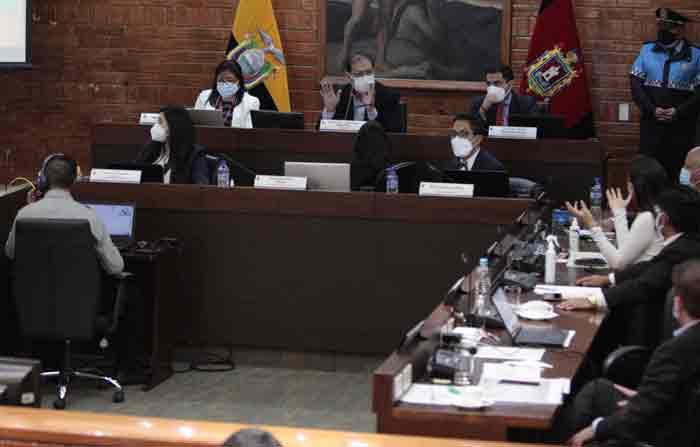 Para aprobar los pedidos de remoción contra Jorge Yunda se necesitaba 14 de los 21 votos posibles en el Concejo Metropolitano. Foto: Galo Paguay / EL COMERCIO