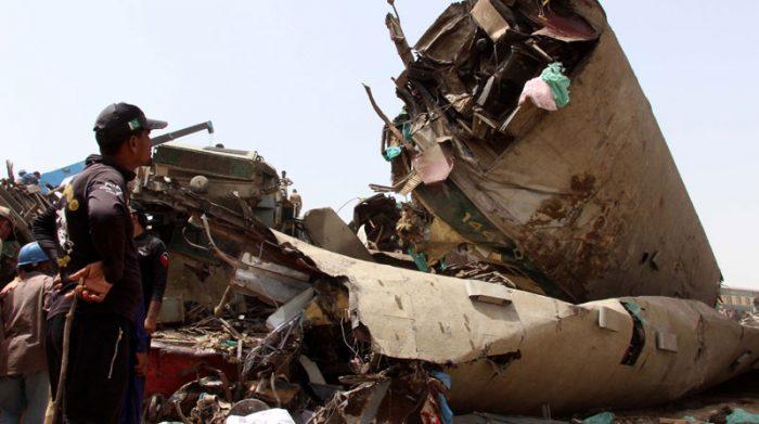 Según las autoridades, uno de los trenes involucrados se salió de las rieles y colisionó contra otro ferrocarril. Foto: EFE