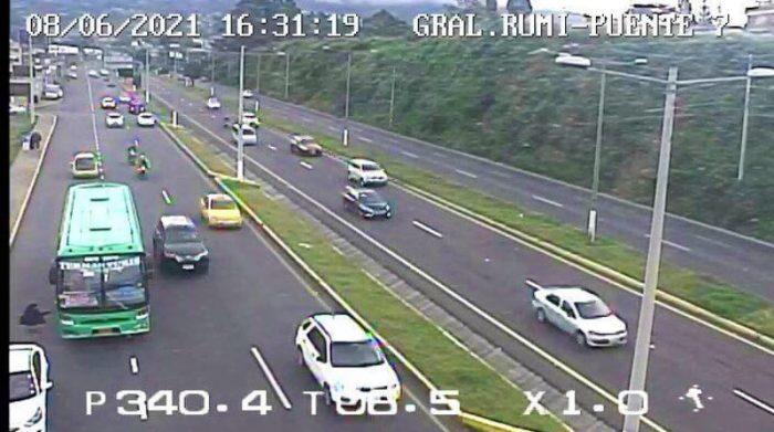 A las 16:31 de este 8 de junio del 2021 la Autopista General Rumiñahui se encuentra habilitada. Foto: Cortesía Ecu 911
