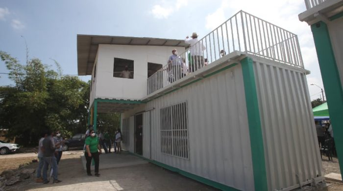 Este sábado 12 de junio de 2021 se realizó un acto de conmemoración en el noroeste de Guayaquil. Aquí se levanta el proyecto San Alberto Hurtado, que se enfoca en la autoconstrucción y el desarrollo del entorno desde las comunidades. Foto: Cortesía Hogar de Cristo