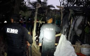 Las personas que estaban en los asentamientos fueron trasladadas a centros de ayuda del Municipio de Guayaquil. Foto: Cortesía