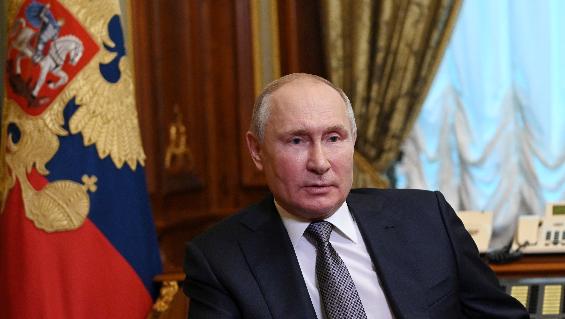 Vladimir Putin internado en grave estado.