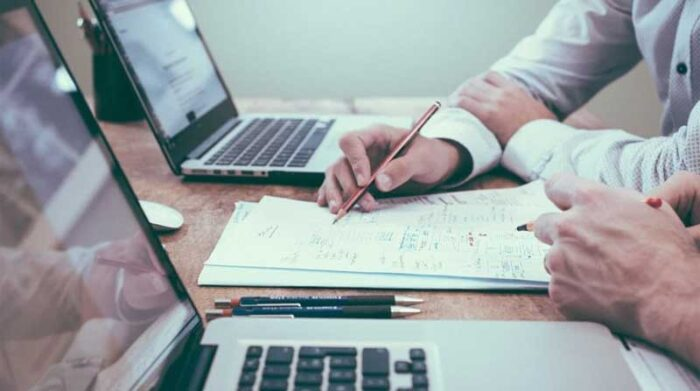 Imagen referencial. El empleador bonificará al trabajador con el 25% del equivalente a la última remuneración mensual por cada año de servicio. Foto: Pixabay