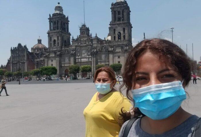 Mayra Giler, 35 años, Guayas. Mayra viajó a México (izquierda ) con su hija de 17 años el pasado 8 de abril. La idea era llegar a Nueva York. Allí una amiga les ayudaría a conseguir trabajo y pagarían la deuda de USD 30 000, monto que los coyoteros les pidieron por toda la travesía. Murió el 10 de agosto en el desierto entre México y EE.UU. Foto: Cortesía familiares