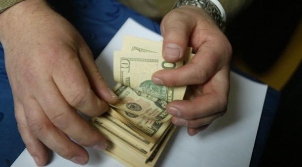 Ecuador asumió el dolar como moneda desde el año 2000. Foto: Archivo / EL COMERCIO