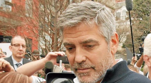 La firma del actor George Clooney estaba siendo falsificada por dos italianos para estafar. Foto: Archivo