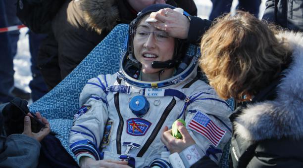 La astronauta Cristina Koch batió el récord de permanencia en el espacio para una mujer que antes ostentaba Peggy Whitson. Foto: AFP.
