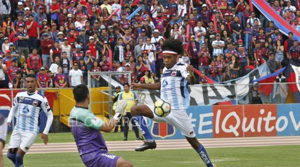 Deportivo Quito en la final de la Copa Pichincha, ante el Club Chile, el 14 de diciembre del 2019 en el estadio Olímpico Atahualpa. En esa temporada, los chullas jugaron en varios escenarios. Foto: Eduardo Terán / EL COMERCIO