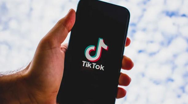 Tik Tok permite a los usuarios producir videos musicales cortos, de tres a 15 segundos, y videos un poco más largos, de 30 a 60 segundos. Foto: Pixabay