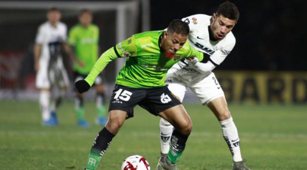 Jefferson Intriago en un partido de su equipo FC Juárez ante los Pumas de la UNAM. Foto: Tomado de la LigaMX