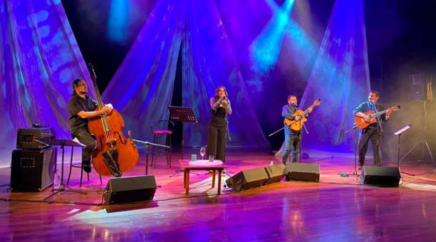 Para sus conciertos en línea, el Teatro Nacional Sucre implementó medidas de distanciamiento entre los artistas y el equipo técnico