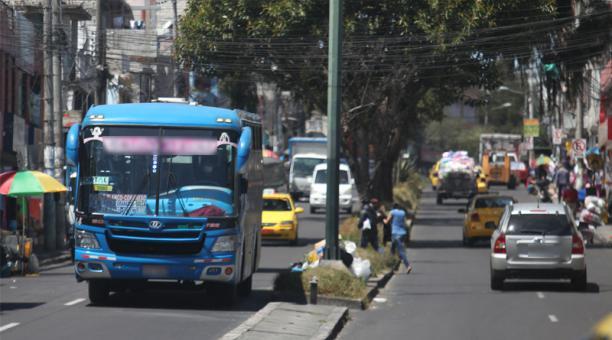 Las cooperativas de buses azules no circularán este domingo 13 de septiembre del 2020 en Quito.