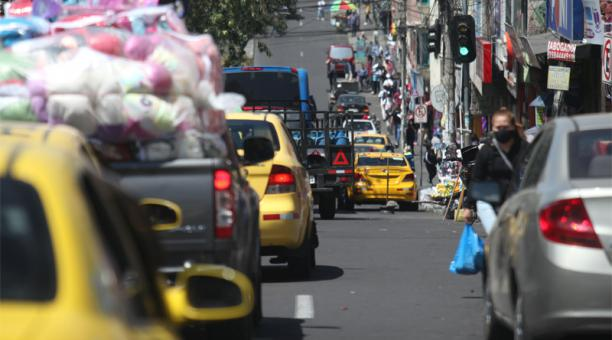 Con el fin del estado de excepción, a las 00:00 del próximo lunes 14 de septiembre de 2020, viene el nuevo esquema de restricción de movilidad adoptado por el Municipio de Quito denominado 'Hoy Circula'.