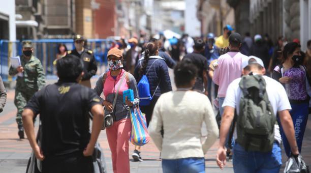 De acuerdo con la data oficial, Quito es la ciudad más afectada con contagios de covid-19 con 45 448 pacientes confirmados hasta este 18 de octubre del 2020. Foto: Diego Pallero / EL COMERCIO