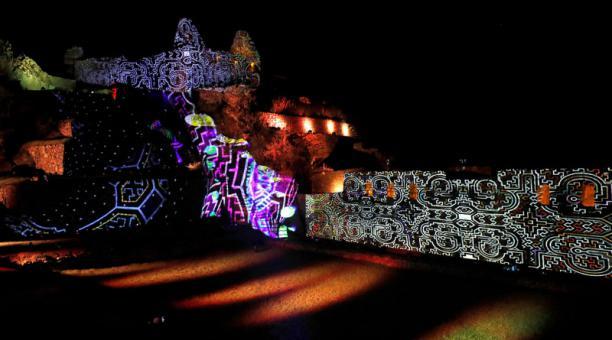 Machu Picchu presentó un espectáculo norturno el 1 de noviembre del 2020. Foto: EFE