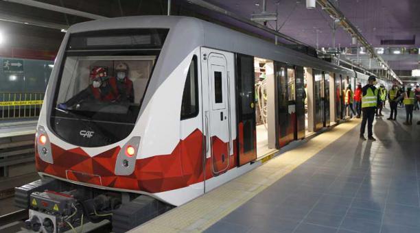 Un tren del Metro Quito llegó a la Estación El Labrador con energía propia el 30 de octubre del 2020. Foto: Eduardo Terán / EL COMERCIO