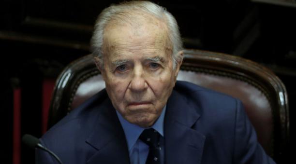 El expresidente argentino Carlos Saúl Menem mientras asiste a una sesión en el Congreso de la Nación, en Buenos Aires (Argentina).Foto: Archivo / EFE