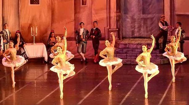 El Ballet Nacional de Ecuador preparó una programación con emisiones por YouTube. Foto: Redes sociales