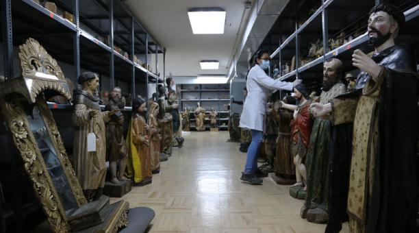 El Centro de Investigación de la Memoria y el Patrimonio Cultural funciona desde el 2015, en el centro norte de Quito. Foto: Vicente Costales / El Comercio