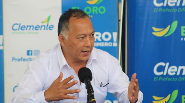 El prefecto de El Oro anunció que se suspenderá el cobro de una contribución especial en el pago de la matrícula vehicular en la provincia, por la crisis económica generada ante la pandemia. Foto: Cortesía