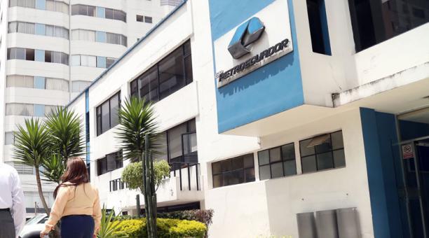 El presidente Lenín Moreno firmó el Decreto que constituye la nueva empresa Petroecuador. Foto: Archivo/ EL COMERCIO