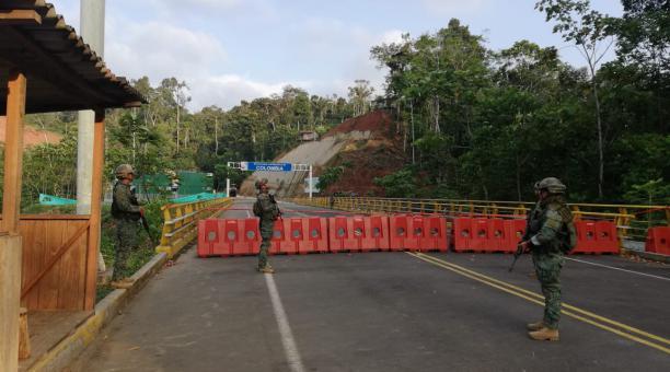 El domingo 10 de enero se cerrará el eje vial E-15 San Lorenzo-Mataje, entre las 06:30 y 14:00 horas, debido a la reunión binacional Ecuador-Colombia, con los presidentes de ambos países. Foto: Twitter FFAA Ecuador