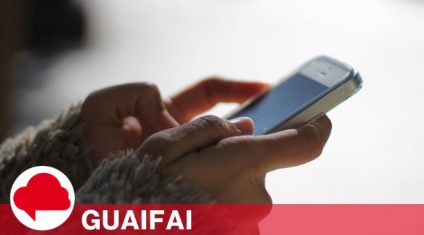 A partir del 8 de febrero, los usuarios que quieran usar WhatsApp compartirán sus datos con Facebook. Foto: Ramon López Calvo / Pixabay