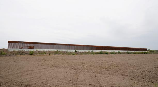 Un nuevo segmento del muro fronterizo donde el presidente de los Estados Unidos, Donald Trump dio un discurso, se ve cerca de la ciudad de Alamo, Texas, Estados Unidos, el 12 de enero de 2021. Foto: Reuters