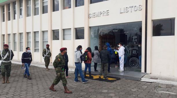 Brigada Patria, el recinto militar de un grupo élite de las Fuerzas Armadas que opera en Latacunga se reconstruyen los hechos relacionados con el 30S