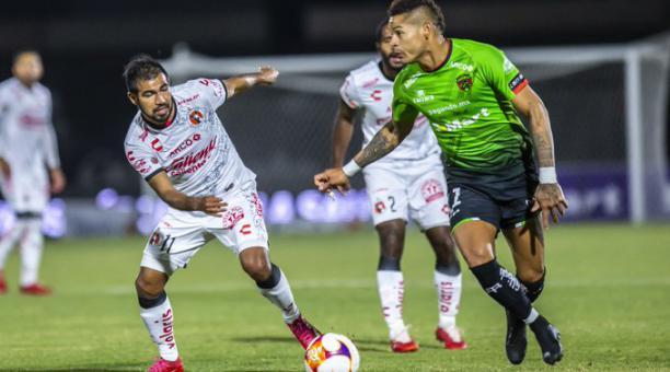 Junior Sornoza en su debut con la camiseta de los Xolos de Tijuana, enfrentó al Juárez FC de los también ecuatorianos Jefferson Intriago y Erick Castillo. Foto: Twitter de los Xolos