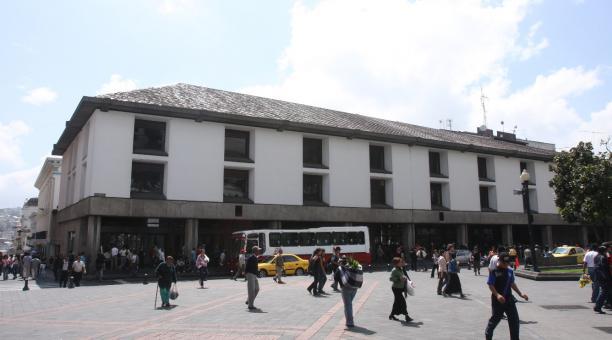 Una parte del Palacio Municipal, en el Centro Histórico de Quito, quedaría solo para actos protocolarios y ese cambio no restará, de ninguna manera, historicidad, dice el Instituto Metropolitano de Patrimonio (IMP). Foto: Archivo / EL COMERCIO
