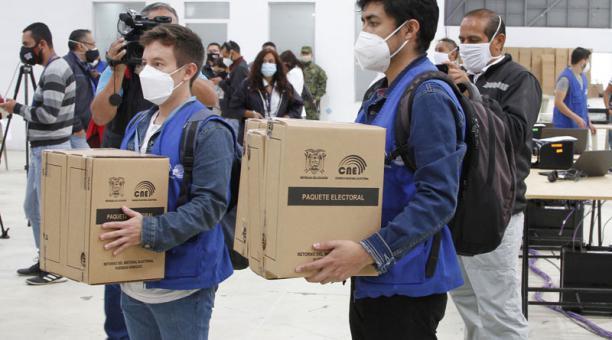 La Cancillería de Ecuador informó que USD 2,5 millones costarán las elecciones del 7 de febrero en 64 oficinas consulares en el exterior. Foto: Eduardo Terán/ EL COMERCIO