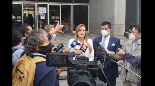 Sylka Sánchez acudió este 19 de enero del 2021 a la Fiscalía General del Estado, en Quito. Foto: cortesía