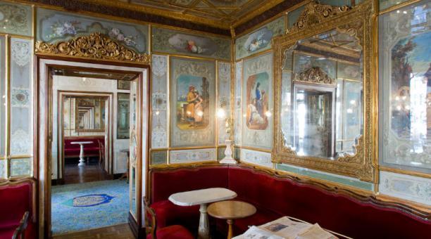 Caffè Florian fue inaugurado en 1720 en la plaza San Marcos, en Venecia. Foto: Facebook Caffè Florian