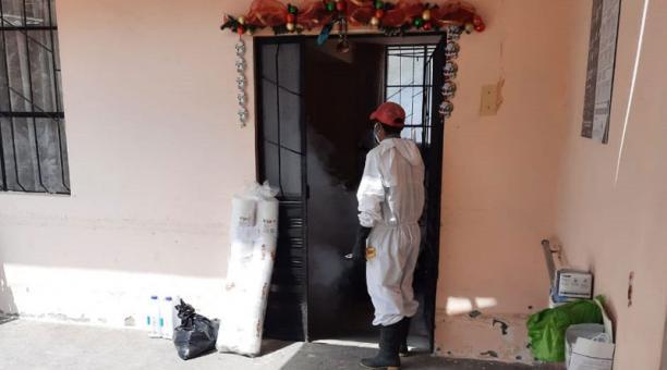 En el Centro Geriátrico de Alausí permanecen asilados 18 adultos mayores con sus 10 cuidadores. Las personas de ese establecimiento se infectaron con covid-19, en un caso de contagio masivo. Foto: Cortesía