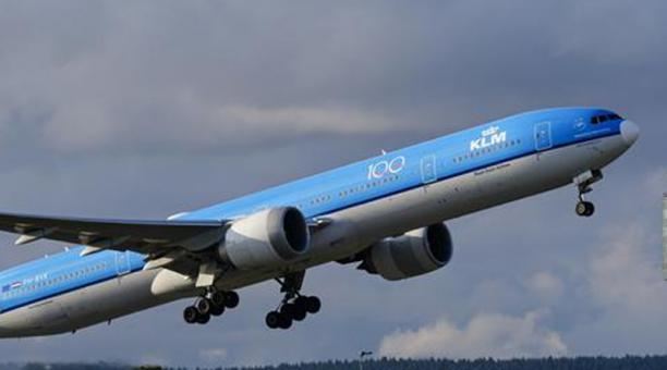 Los vuelos de llegada al Ecuador provenientes de Holanda, transportarán pasajeros y carga. No así los vuelos que salgan del país, que solo transportarán carga. Foto: Captura