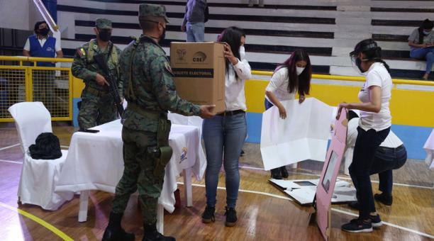 El CNE desarrolló el domingo 24 de enero del 2021 el segundo simulacro de cara a las elecciones del próximo 7 de febrero. Foto: Diego Pallero/ EL COMERCIO.