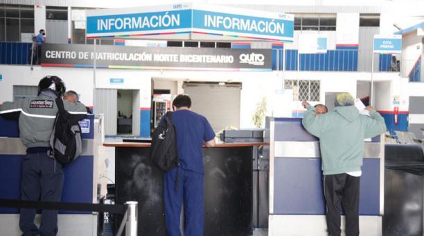 La Revisión Técnica Vehicular arrancará en Quito el próximo 1 de febrero del 2021. Foto: Patricio Terán/ EL COMERCIO.
