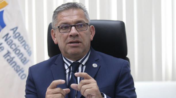 Juan Pazos, director de la ANT, dijo que desde este 2 de febrero del 2021 estará intervenida la cooperativa de transporte interprovincial Ambato. Foto: Archivo/ EL COMERCIO.