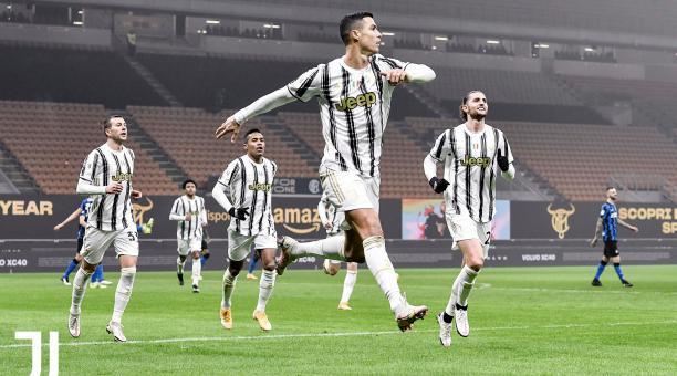 Cristiano Ronaldo celebra el gol que le marcó al Inter de Milán y que acerca a la Juventus a la final de la Copa Italia. Foto: Twitter de la Juventus