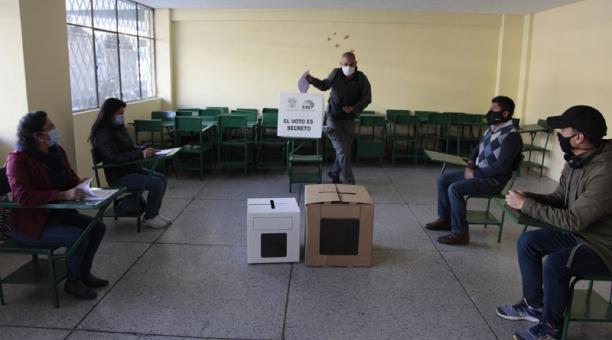 El pasado 24 de enero el CNE realizó el segundo simulacro nacional y midió, entre otras cosas, el conteo rápido. Foto: Archivo / EL COMERCIO