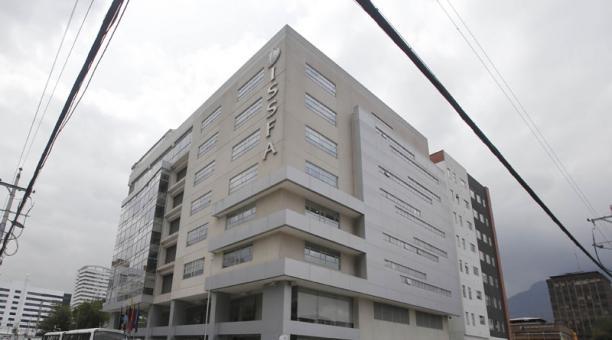 El Ministerio de Finanzas hizo una transferencia al Issfa. Foto: Archivo/ EL COMERCIO