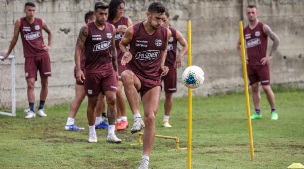 Bruno Piñatares será uno de los titulares de Barcelona para el partido ante Guayaquil City. Foto: BSC
