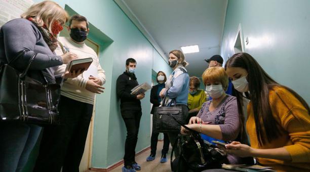 Ucrania ampliará el confinamiento del país hasta abril del 2021, ante la propagación del coronavirus. Foto: EFE