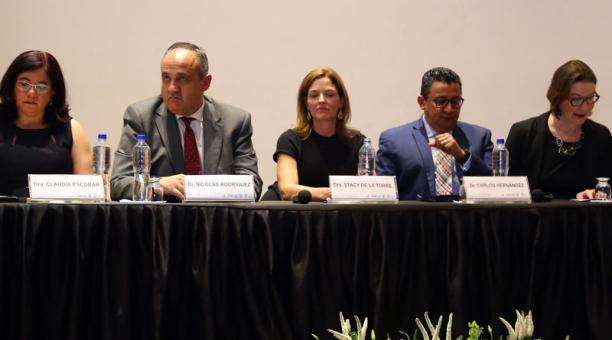 El 13 de mayo del 2019, los comisionados internacionales participaron en un congreso anticorrupción, en Quito. Foto: Archivo / EL COMERCIO