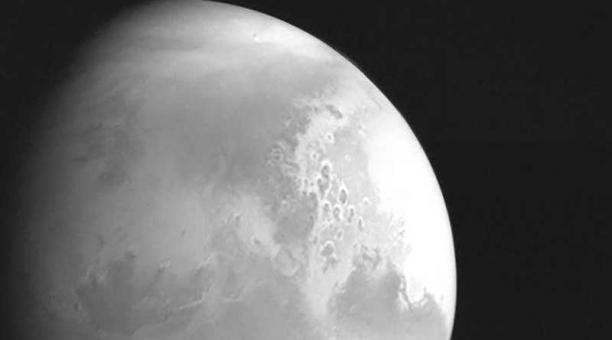 La sonda no tripulada sacó la foto a una distancia de alrededor de 2,2 millones de kilómetros de Marte. Foto: Reuters / CNSA