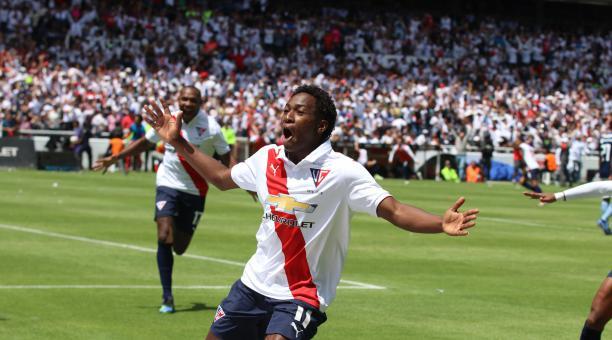 El jugador Anderson Julio aún tiene la posibilidad de volver al fútbol ecuatoriano en la temporada 2021. Archivo/EL COMERCIO
