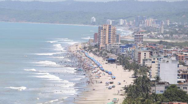 Imagen referencial. Las playas son uno de los destinos frecuentes en feriados. Foto: Archivo / EL COMERCIO
